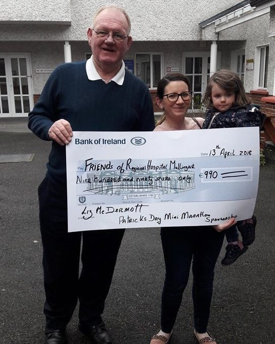 Liz McDermott, presenting the sponsorship of €990 to the MRI fund.